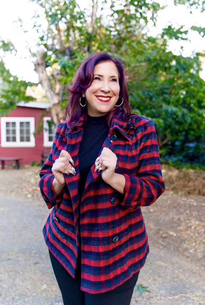 I am loving Cabi's new arrivals Lucy Collection which is a wonderfully chic, colorful & cozy addition to their fabulous Fall 2019 line