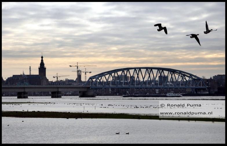 Zicht op Nijmegen (C) Ronald Puma