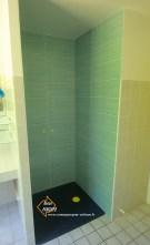 Photo de la rénovation d'une douche en faïence