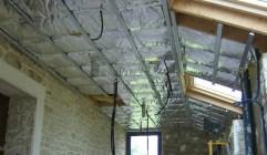 Photo d'une isolation de plafond et de rampants