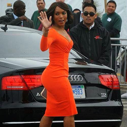 angela-basset-orange-dress