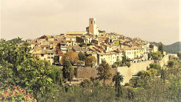 St-Paul-de-Vence-Panorama-Excursion-Van-Ronda-Tour-Cannes-Provence-French-Riviera-France