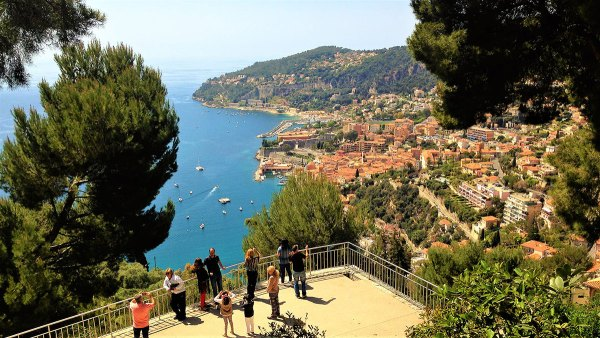 villefranche-sur-mer-panorama-Insta-Tour-2-Private-visit-Van-Excursions-Ronda-Tour-Cannes-Provence-French-Riviera-France