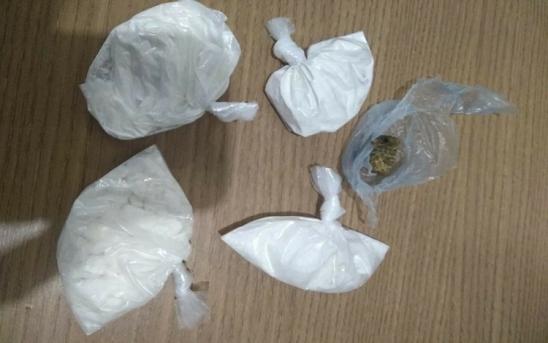 Resultado de imagem para maconha e cocaína