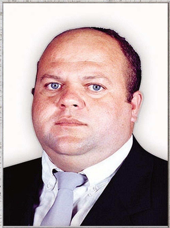 CRUELDADE: Ex-vereador é assassinado e tem corpo carbonizado dentro de caminhonete