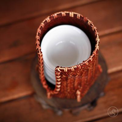 Giỏ để chén bằng tre đan – loại A (Đáy lục giác)