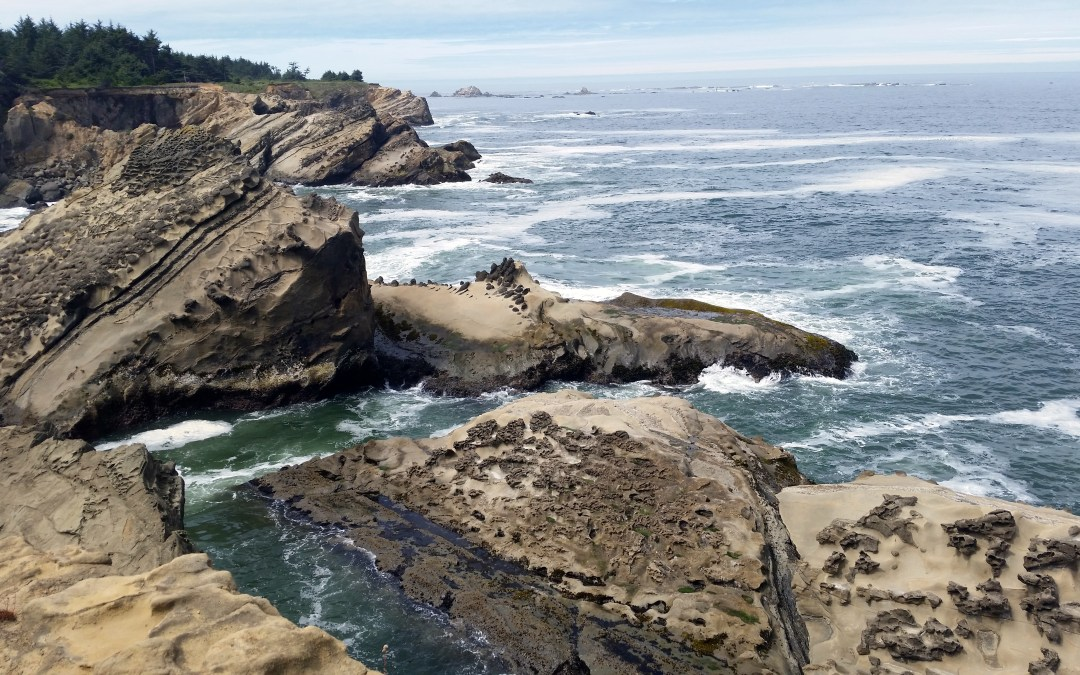 FIVE WAYS TO NOT KILL YOUR TRAVEL PARTNER IN THE PACIFIC NORTHWEST