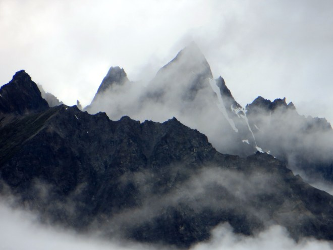 Mountain peaks along the Chilkat River