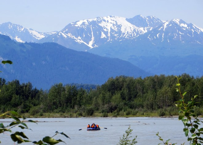 """Bloat and Float"" down the Chilkat River"