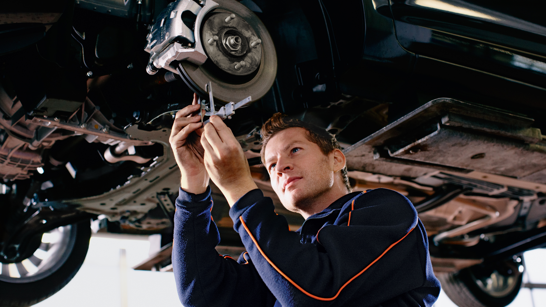 Quick Lane Car Service Auto Repair, Oil Change And More