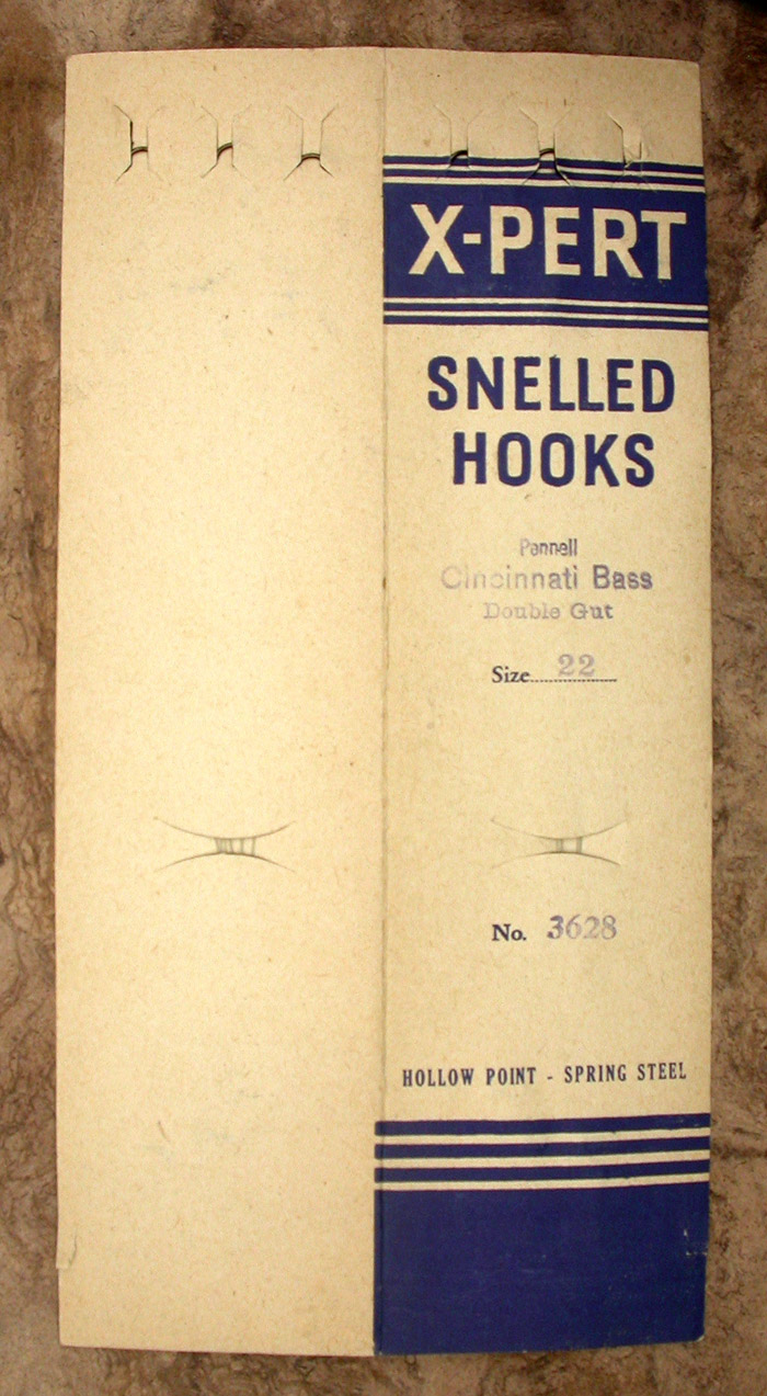 44a. X-Pert snelled hooks, Pennell, Cincinati Bass, #22, no 3628, hook side.