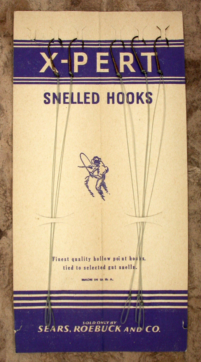 44b. X-Pert snelled hooks, Pennell, Cincinati Bass, #22, no 3628, hook side.