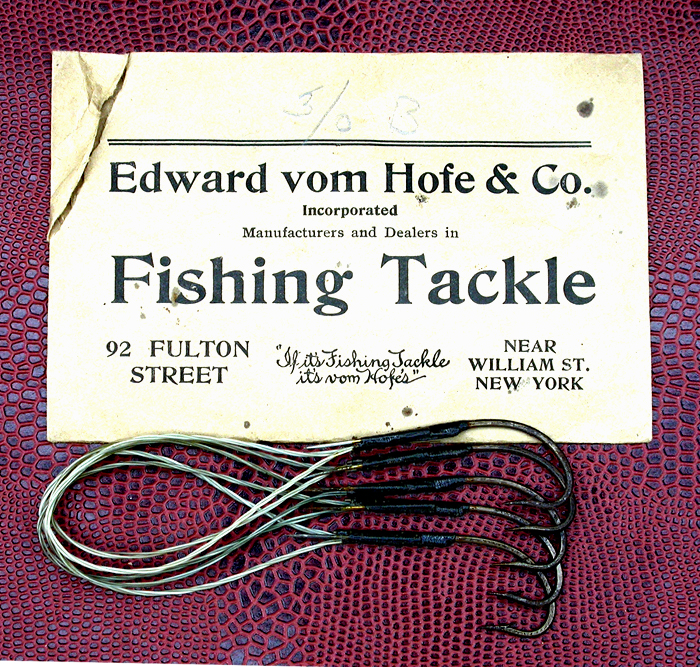 44a Edward vom Hofe & Co., 3.0, snelled, pin detail. Often on bait hooks, a turned up taper or as is this case, an actual needle was tied in with the snell. This was to secure the bait to the hook better than without.