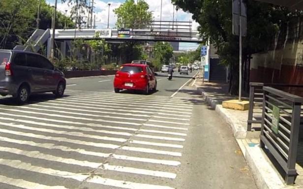 dangerous rumble strips along Ortigas Avenue near Lanuza Ave.