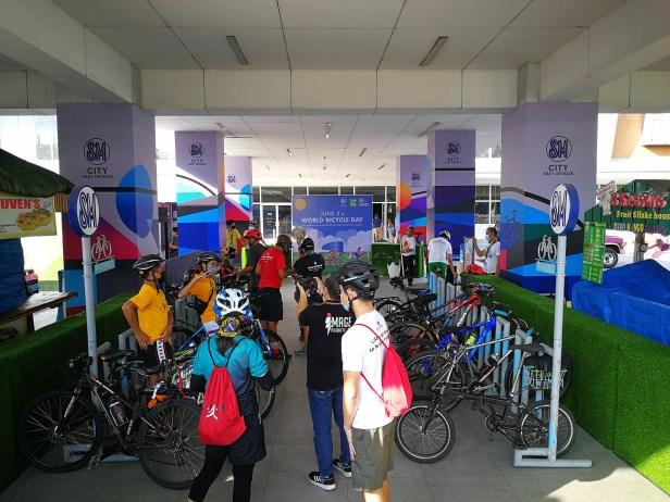 Lobby of SM City East Ortigas with bike racks