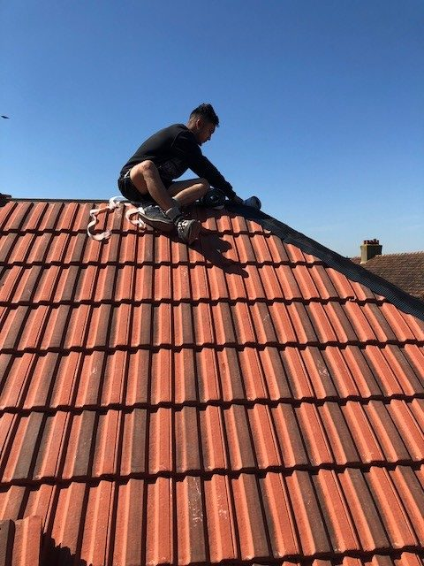 Roof Tile Replacement Kingston Upon Thames Roofing
