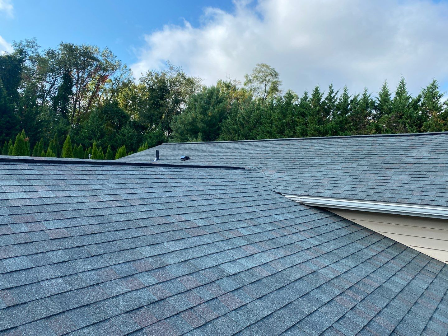 Best Roofing Shingles for Maryland Weather - Roof Right