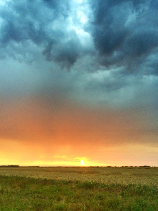 Blogger_france_blogger_travel_Sunset_indre