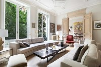 Beautiful French Living Room Style Design Ideas - RooHome