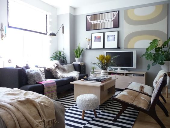 living room furniture arrangement around a tv ottoman in the best small studio apartment design ideas and brilliant ...