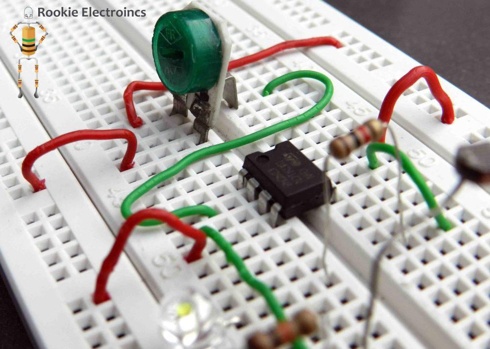 medium resolution of simple light sensor using 741 op amp