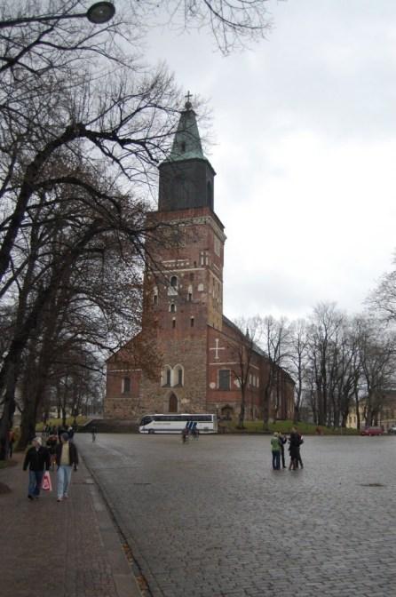 Kirche in Turku. Auch ein Ausflug in Finnlands zweitgrößte Stadt lohnt sich.