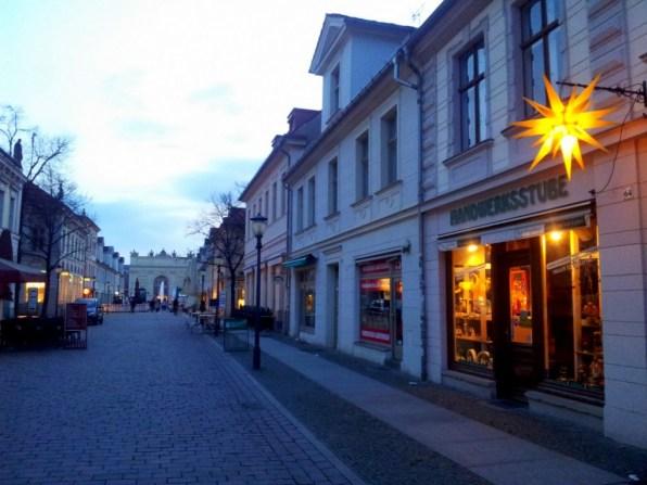 In der blauen Stunde ist Potsdam besonders ruhig und schön anzusehen.