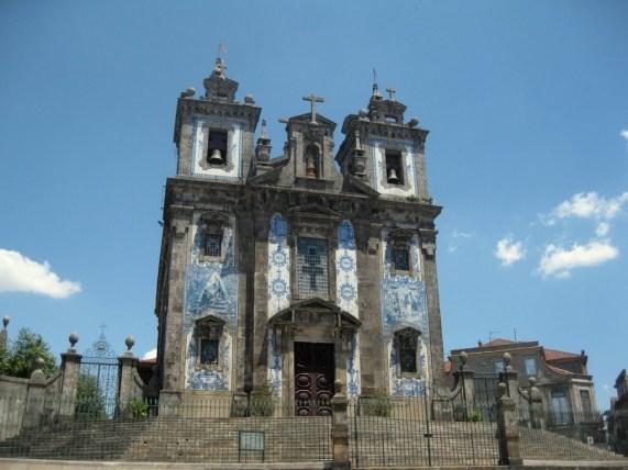 Santo Ildefonso Kirche in Porto mit Azulejos