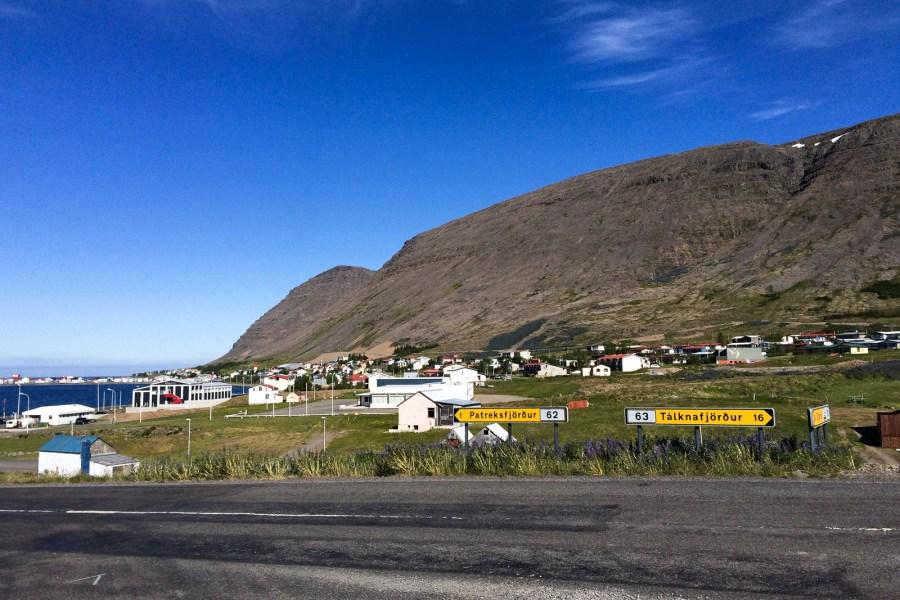 Die Kreuzung bei Patreksfjörður bekamen wir innerhalb von zwei Tagen dreimal zu Gesicht. Zweimal unfreiwillig.