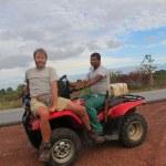 Gregors Reise durch Amerika #7: Per Anhalter über den Äquator
