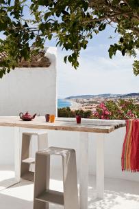 44 rustic balcony decor ideas to show off this season (31)