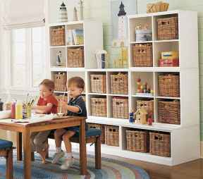50 ideas for organizing playrooms & kid's spaces (37)