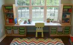 50 ideas for organizing playrooms & kid's spaces (44)