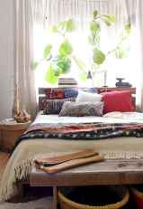 60 beautiful eclectic bedroom decorating ideas (14)