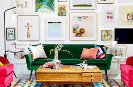Awesome gallery wall living room ideas (8)