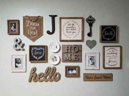 Beautiful gallery wall bedroom ideas (50)