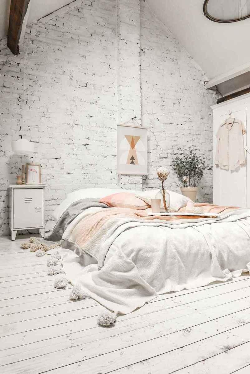 Simply bedroom decoration ideas (38)