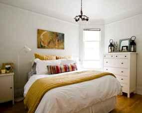 20 small fisrt apartment bedroom decorating ideas (8)