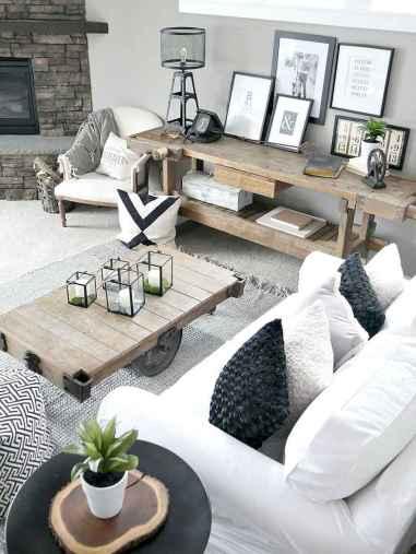25 modern farmhouse living room first apartment ideas (21)