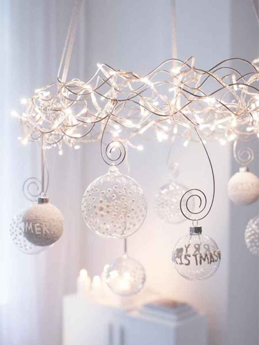 30+ diy apartment decorating christmas lights (11)