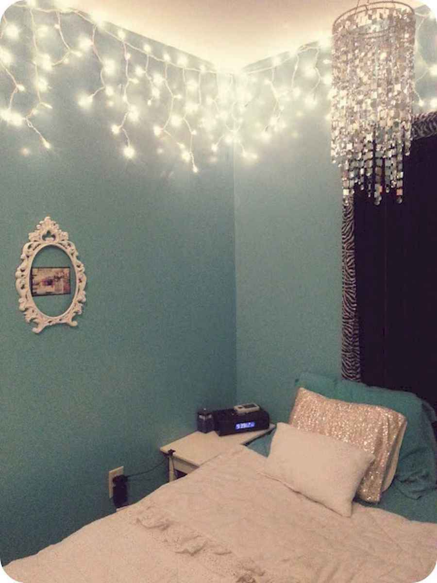 30+ diy apartment decorating christmas lights (30)