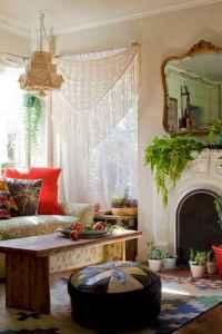 40 boho chic first apartment decor ideas (23)