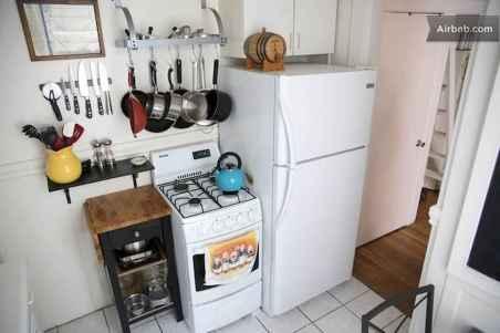 40 diy first apartment organization ideas (51)