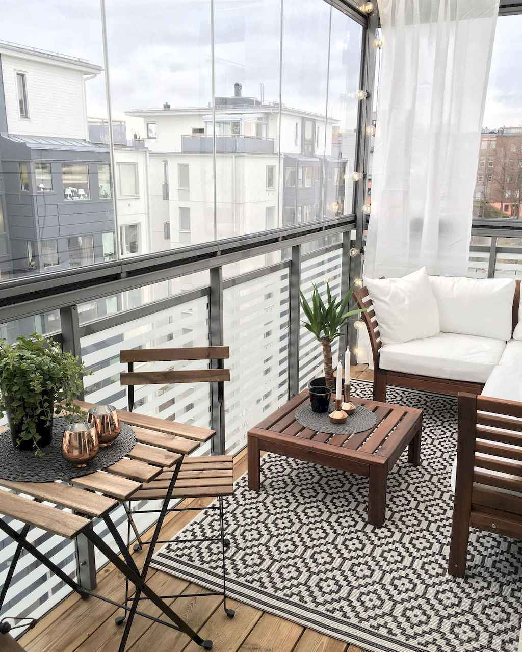 Balcony: 50 Affordable Small First Apartment Balcony Decor Ideas