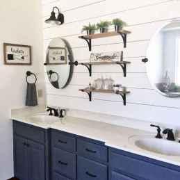 50 rustic farmhouse master bathroom remodel ideas (36)
