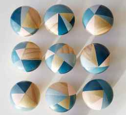 70 diy painted rock for first apartment ideas (21)