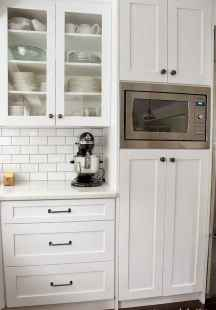 150 gorgeous farmhouse kitchen cabinets makeover ideas (30)