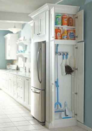 150 gorgeous farmhouse kitchen cabinets makeover ideas (65)