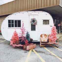 20 awesome rv campers christmas decorations ideas (16)