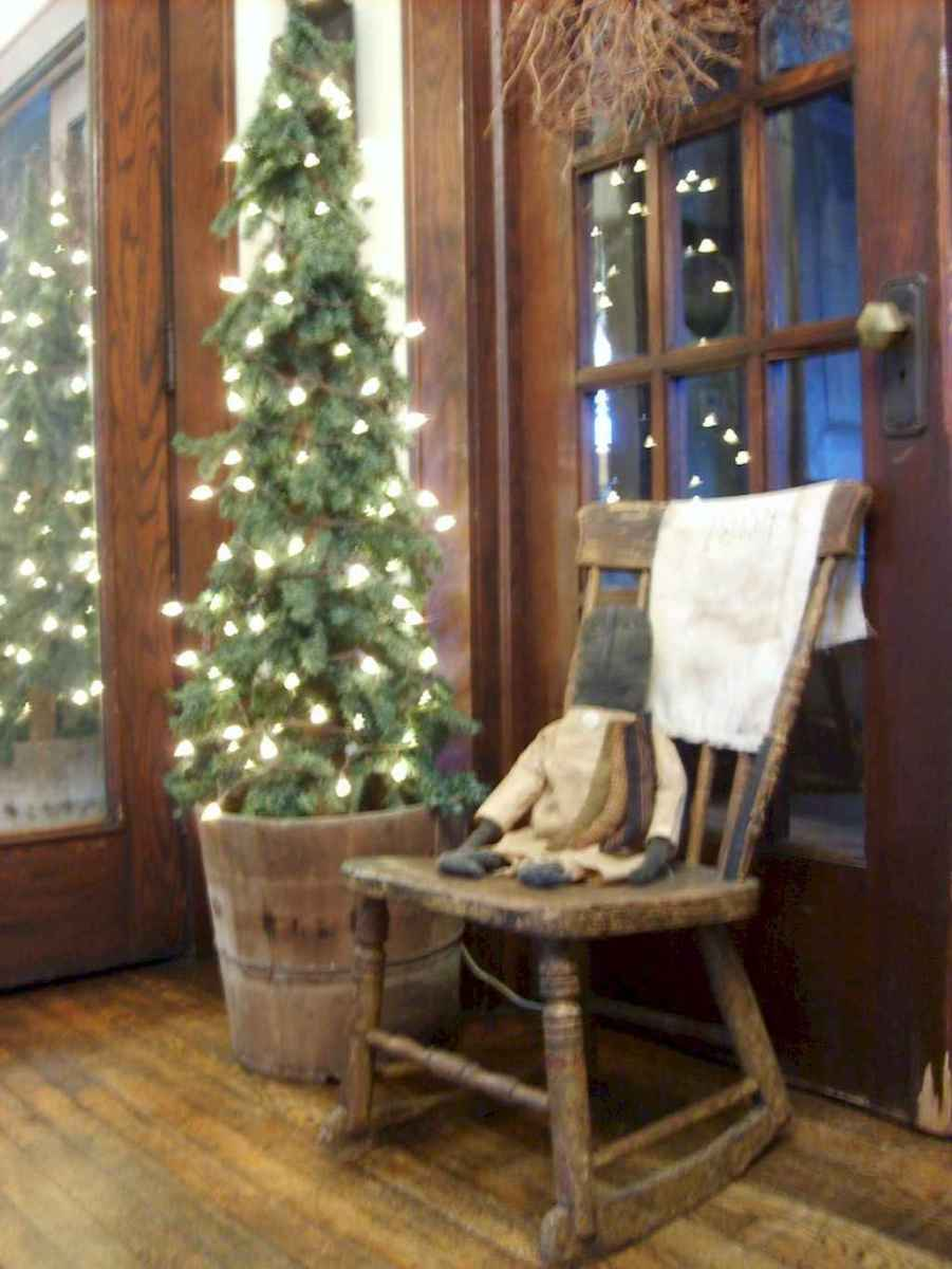 55 awesome christmas front porches decor ideas (28)